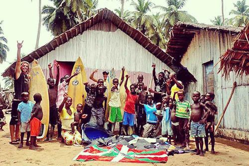 Iban Regnier - tourisme Euskadi Pays Basque - surfeurs solidaires01